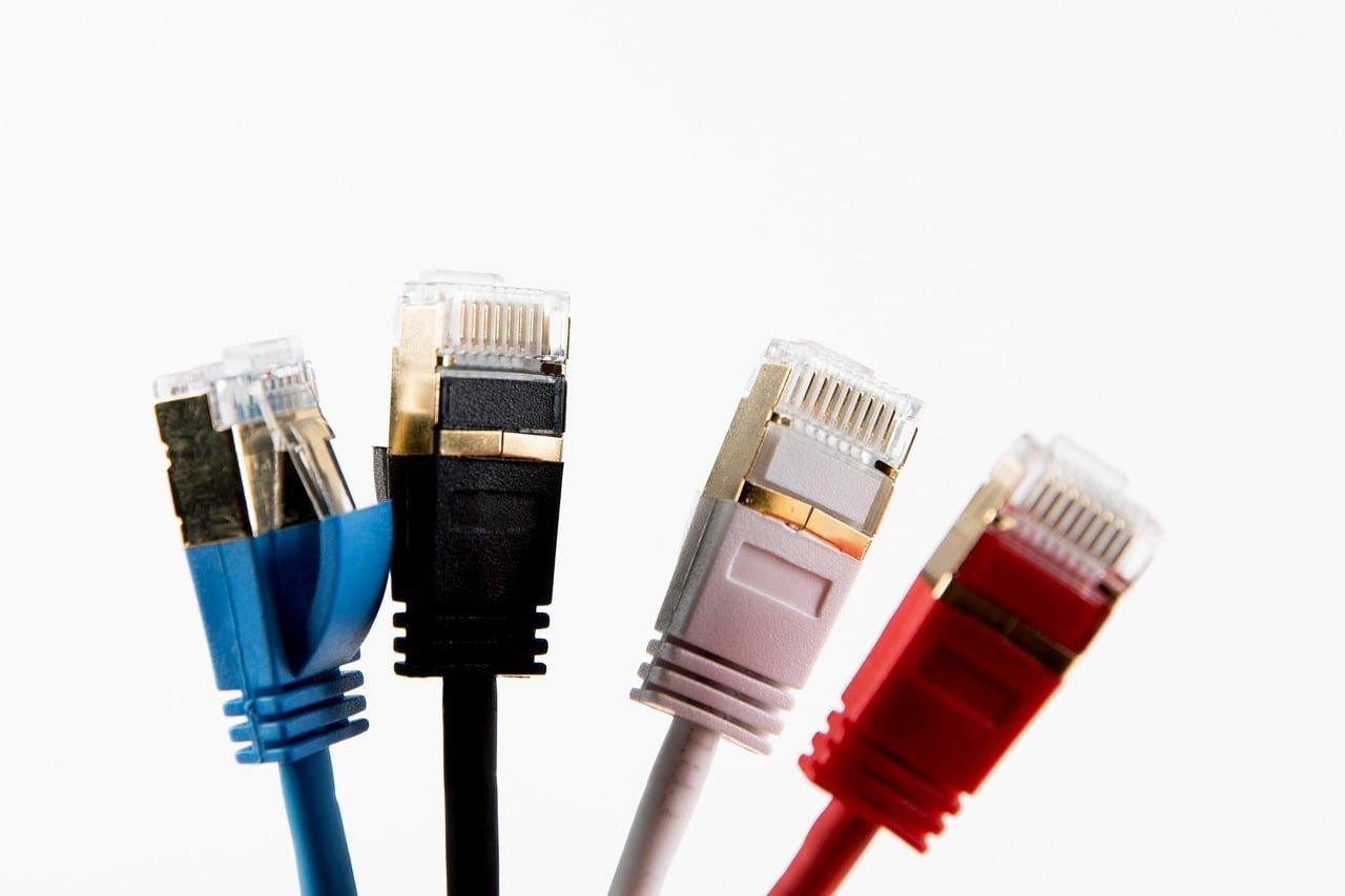 Câbles Ethernet : quelles différences entre tous les modèles disponibles ?