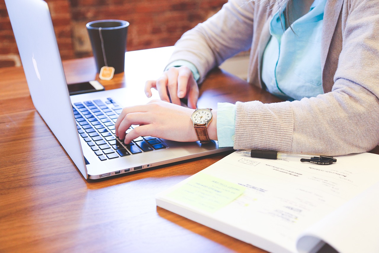 Pourquoi le web est devenu essentiel pour les entreprises ?