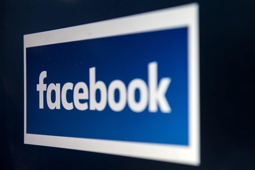 Facebook: une faille dans le système rend public les messages de 14 millions d'utilisateurs!