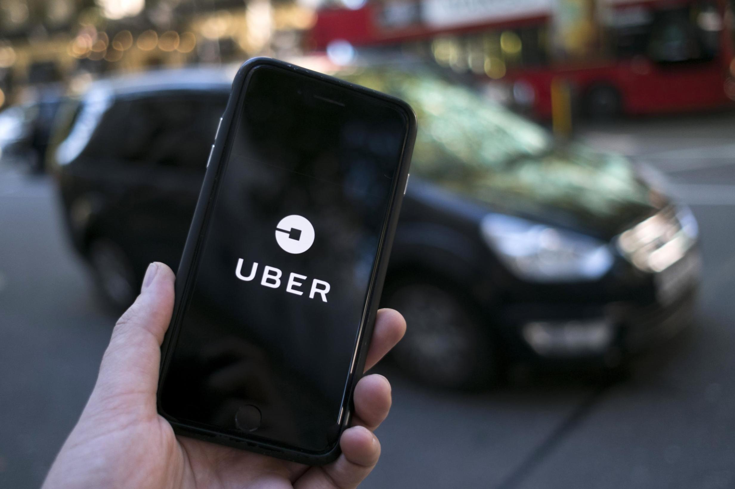 Uber au cœur de la tourmente embauche une équipe juridique de choc